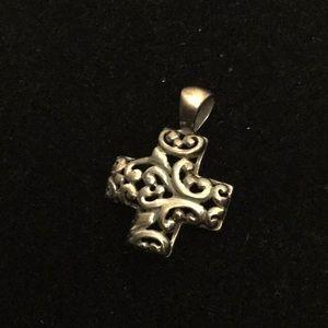 Vintage 925 Sterling silver cross Pendant